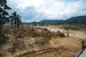 Tebing Sungai Dabong/ Pos-banjir Jan 2015